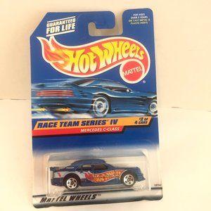 Hot Wheels Race Team Series IV Shelby Colby Car